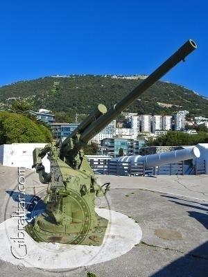 Anti-aircraft gun at Napier of Magdala Battery