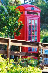 Telephone booth in the Alameda Gardens