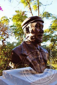 Busto a Giuseppe Codali,Jardines Botánicos Alameda