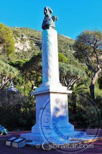 Monumento conmemorativo a Elliot, Jardines Botánicos Alameda