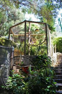 Jaulas de mallas blandas utilizados en el Parque de Conservación de la Vida Silvestre Alameda