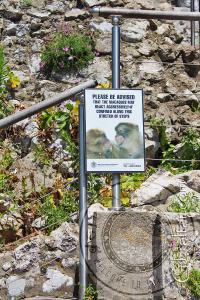 Señal de advertencia en Apes Den
