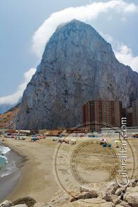Playa de Levante y el Peñón de Gibraltar