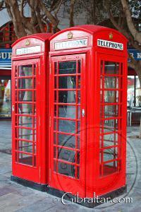 Cabinas de teléfono ubicadas en la Plaza Grand Casemates