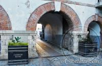 La entrada de Water Gate a la Plaza Casemates, Gibraltar