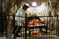 Reproducción de los hornos que se utilizaban para preparar los tiros al rojo vivo,Red hot shot, en los Túneles del Gran Asedio