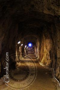Vista hacia el final de los Túneles del Gran Asedio