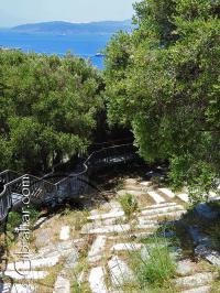 Cementerio Jew's Gate o Puerta de los Judíos y la Bahía de Gibraltar