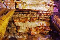 Antiguo fondo marino, en la Cueva Baja de San Miguel