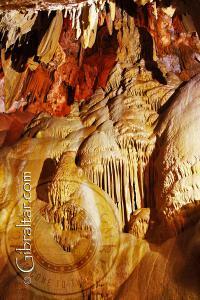 Cámara Wonderland, en la Cueva Baja de San Miguel