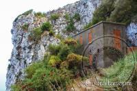 Edificios de la II Guerra Mundial, Escalera del Mediterráneo