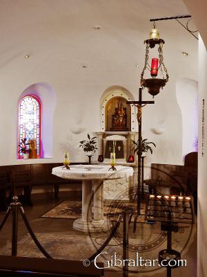 En el interior del Santuario de Nuestra Señora de Europa