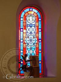Vidriera de la capilla del Santuario de Nuestra Señora de Europa
