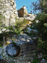 Escalera en la cima del Peñón