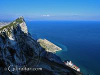 La Caleta - Catalan Bay - desde la Reserva Natural del Peñon