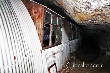 Refugios de Nissen en los Túneles de la II Guerra Mundial