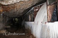 Refugios de Nissen o Nissen Huts en los Túneles de la II Guerra Mundial de Gibraltar