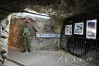 'Black Watch' en Jock's Balcony, Túneles de la II Guerra Mundial.